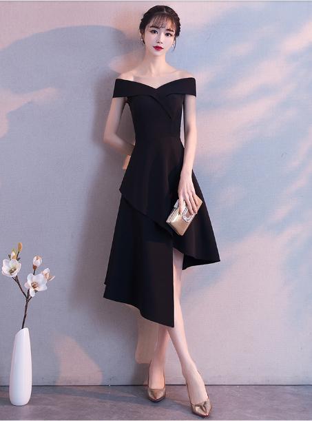 เสื้อผ้าผู้หญิงชุดออกงาน ชุดราตรีสั้น สีดำตามรูป