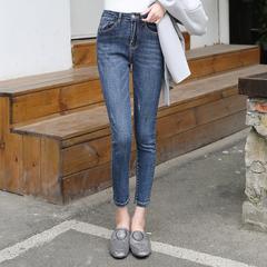 กางเกงผู้หญิง ผู้ชาย ราคาถูก กางเกงยีนส์  มี สีฟ้า มี ไซร์ 26-32