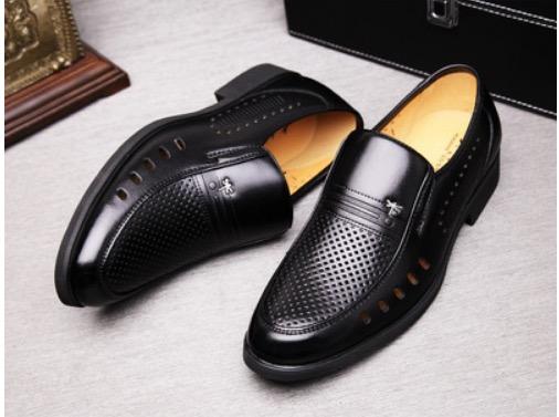 ขนาด: 45 46 47 48  สี:ตามแบบ รองเท้าผู้ชาย รองเท้าหนัง ขนาดใหญ่