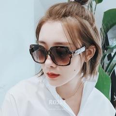 แว่นกันแดด ราคาถูก แว่นตากันแดด มี สีดำ สีผงแชมเปญ สีน้ำตาล สีผงโปร่ง
