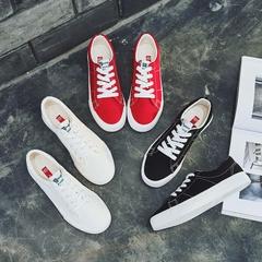 รองเท้าผู้หญิง ราคาถูก รองเท้าผ้าใบ รองเท้าแฟชั่น รองเท้าลำลอง เกาหลี  มี สีดำ สีขาว สีแดง  มี ไซร์ 35-39