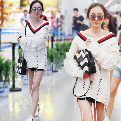 เสื้อผ้าผู้หญิง ราคาถูก เสื้อยืด เสื้อยืดหลวม เกาหลี มี สีตามรูป มี ไซร์ S M L XL
