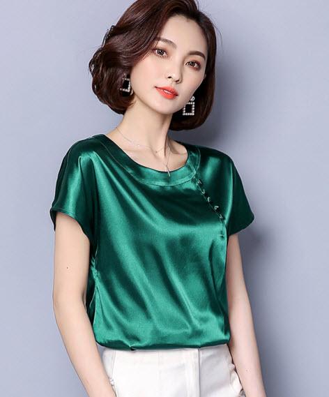 พรีออเดอร์ เสื้อแฟชั่น แขนสั้น คอกลม เสื้อทำงาน สวย ๆ เนื้อดี ผ้าใส่สบาย สี ส้มอิฐ เขียว