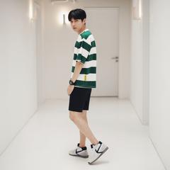 เสื้อผ้าผู้ชาย ผู้หญิง ราคาถูก เสื้อยืดแขนสั้น เท่ๆ มี สีดำ สีเขียว มี ไซร์ M L XL 2XL