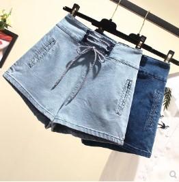 กางเกงขาสั้น เอวยางยืด ผ้ายีนส์ มี2สี น้ำเงิน/ฟ้า มีไซส์ L/XL/2XL/3XL/4XL