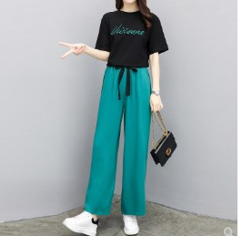 เสื้อคอกลม แขนสั้น + กางเกงขายาว เอวยางยืด มีสี เขียว มีไซส์ XL/2XL/3XL/4XL/5XL