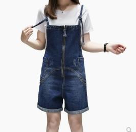 เอี๊ยมกางเกงขาสั้น ผ้ายีนส์ มีสี น้ำเงิน มีไซส์ XL/2XL/3XL/4XL/5XL