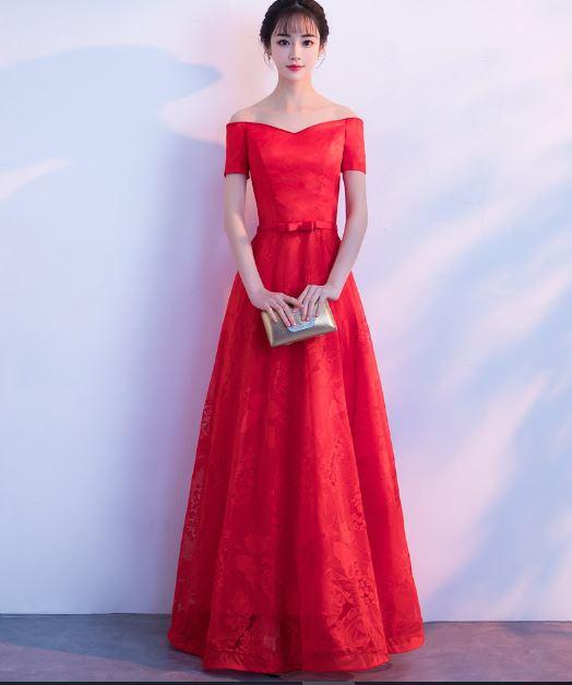 เสื้อผ้าผู้หญิง ชุดออกงาน ชุดราตรี ชุดราตรียาว สีแดงเปิดไหล่ตามรูป