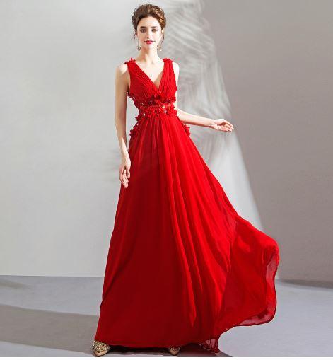 เสื้อผ้าผู้หญิง ชุดออกงาน ชุดราตรี ชุดราตรียาวคอวีซีทรูด้านหลังสีแดงตามรูป
