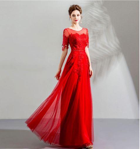 เสื้อผ้าแฟชั่น เสื้อผ้าผู้หญิง ชุดราตรีลูกไม้สีแดงตามรูป