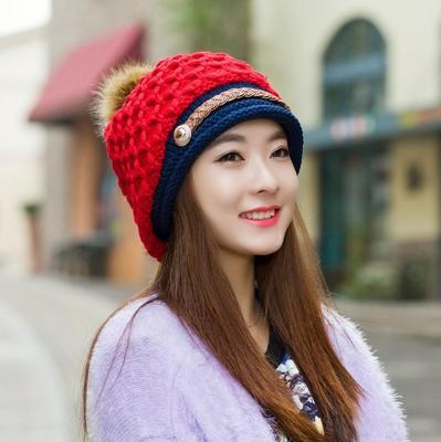 หมวกกันหนาว หมวกไหมพรมกันหนาว หมวกแฟชั่น (พร้อมส่งสีแดง)