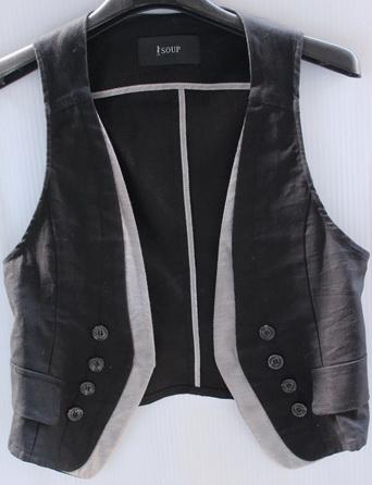 รอบอก 32  เสื้อผ้าผู้หญิง เสื้อกั๊กแฟชั่น เสื้อกั๊ก สีดำ มีซับใน