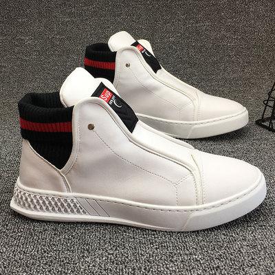 รองเท้าผู้ชาย ราคาถูก รองเท้าแฟชั่น รองเท้าผ้าใบ เกาหลี มี สีดำ สีขาว มี ไซร์ 38-43