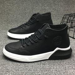 รองเท้าผู้ชาย ราคาถูก รองเท้าแฟชั่น รองเท้าผ้าใบ เกาหลี มี สีดำ มี ไซร์ 39-43