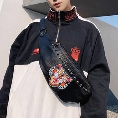 กระเป๋าผู้ชาย ราคาถูก กระเป๋าสะพายอก กระเป๋าคาดเอว กระเป๋าสะพายไหล่ เท่ๆ มี สีดำ สีดำเสือ สีดำผึ้ง