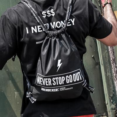 กระเป๋าผู้ชาย ราคาถูก กระเป๋าเป้ กระเป๋าสะพายหลัง กระเป๋าถือ เท่ๆ มี สีดำ-เล็ก สีดำ-ใหญ่