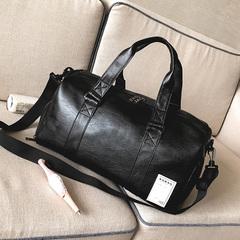 กระเป๋าผู้ชาย ราคาถูก กระเป๋าสะพายข้าง กระเป๋าถือ กระเป๋าออกกำลังกาย เท่ๆ มี สีดำ-เล็ก สีดำ-ใหญ่