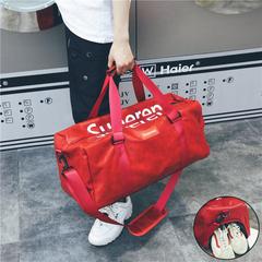 กระเป๋าผู้ชาย ราคาถูก กระเป๋าสะพายข้าง กระเป๋าถือ กระเป๋าออกกำลังกาย เท่ๆ มี สีดำ สีเทา สีแดง