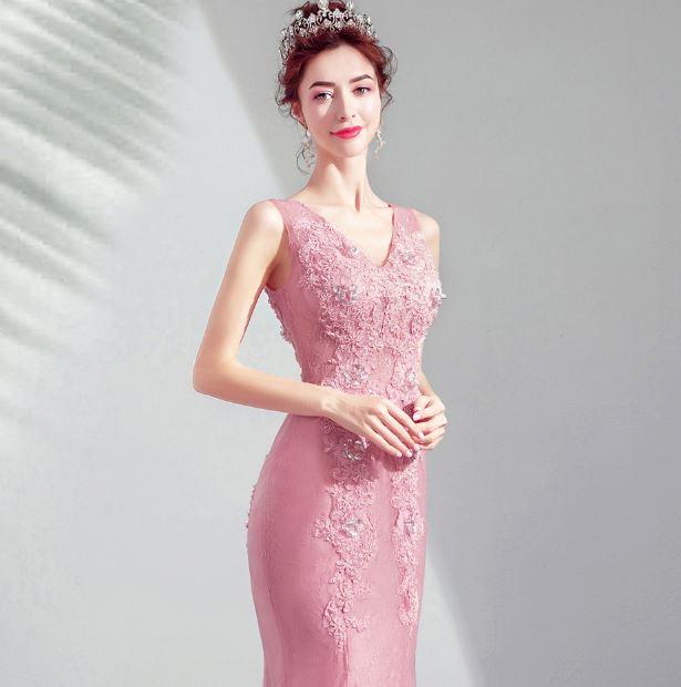 ชุดราตรียาว ชุดออกงาน ชุดไปงานแต่งเข้ารูป สีชมพู