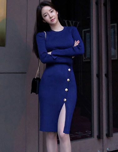พรีออเดอร์ เดรสสั้น เดรสไหมพรมแขนยาว สไตลเกาหลีสวย ๆ ผ้ายืดหยุ่น สี น้ำเงิน  ดำ