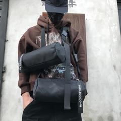 กระเป๋าผู้ชาย ราคาถูก กระเป๋าสะพายข้าง กระเป๋าถือ มี สีดำ สีดำลาย