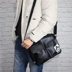 กระเป๋าผู้ชาย ราคาถูก กระเป๋าสะพายข้าง กระเป๋าถือ มี สีดำ