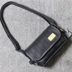 กระเป๋าผู้ชาย ราคาถูก กระเป๋าสะพายข้าง กระเป๋าถือ มี สีดำ สีน้ำตาลเข้ม สีน้ำตาลอ่อน