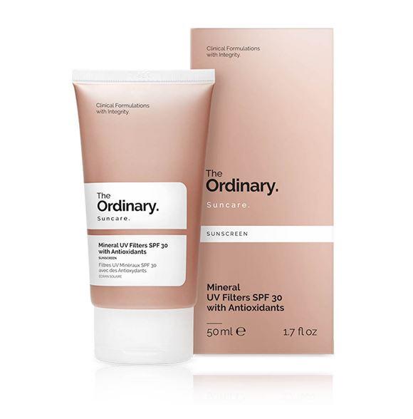 **พร้อมส่ง**The Ordinary Sunscreen Mineral UV Filters SPF 30 With Antioxidants 50 ml. ครีมกันแดดเนื้อซิลิโคน ผสมการบำรุงผิว เนื้อบางเบา ไม่เหนอะหนะ แตกตัวและซึมซาบสู่ผิวได้ดีเยี่ยม เกลี่ยง่ายไม่เป็นคราบ ปกป้องผิวจากแสงแดดอย่างอ่อนโยน ด้วย ค่า pH 7.00-8.50