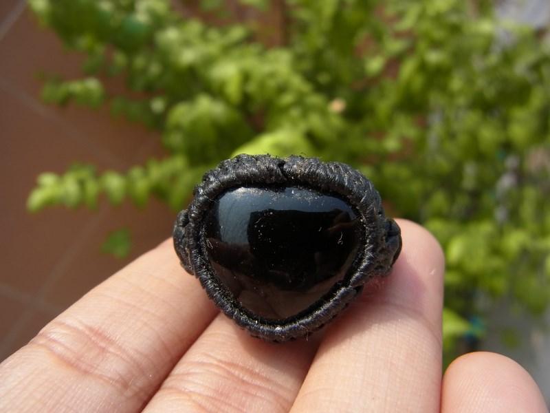 แหวนเชือกถักไหลน้ำพี้สีดำ
