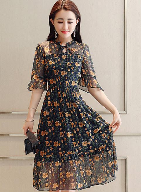 พรีออเดอร์ เดรสสั้น ลายดอก คอจีน เดรสชีฟองสวย ๆ สไตลเกาหลี สีดำ