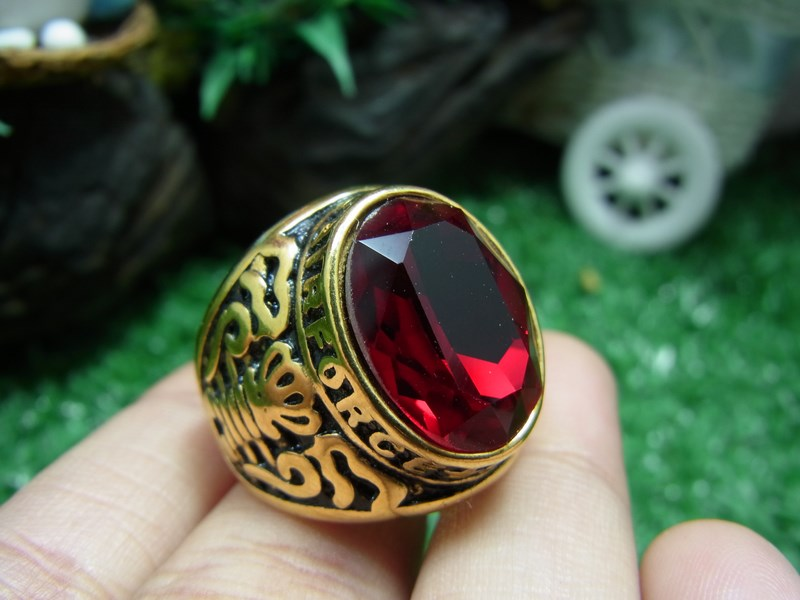 แหวนบุทองพลอยสีแดง เบอร์ 59