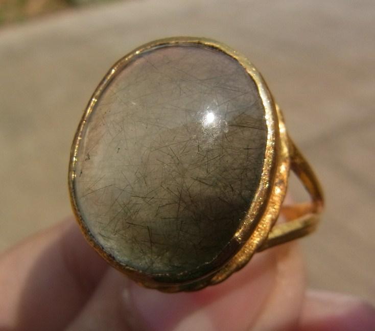 แหวนทองเหลือง แก้วขนเหล็ก เบอร์ 56