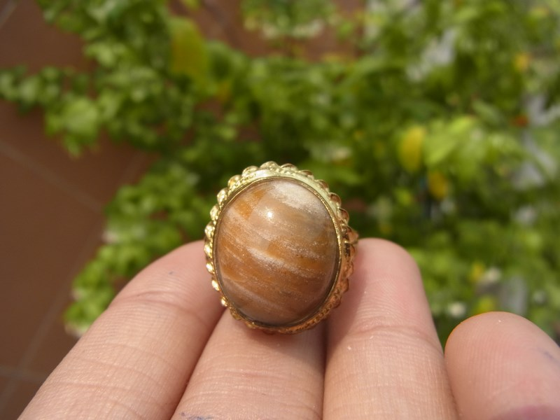 แหวนทองเหลืองแก้ววิทรูยืน้ำผึ้ง เบอร์ 57