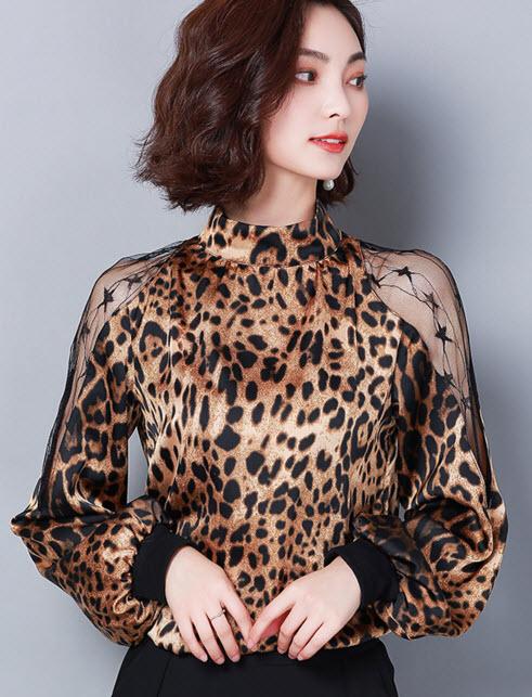 พรีออเดอร์ เสื้อลายเสือ เสื้อแขนยาวแฟชั่นเกาหลีสวย ๆ สี น้ำตาล ตามภาพ