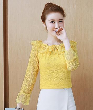 พรีออเดอร์ เสื้อแฟชั่น แขนยาว ลูกไม้ สวย ๆสีเหลือง เปิดไหล่ ผ้าลูกไม้เนื้อดี สี ขาว ชมพู เหลือง