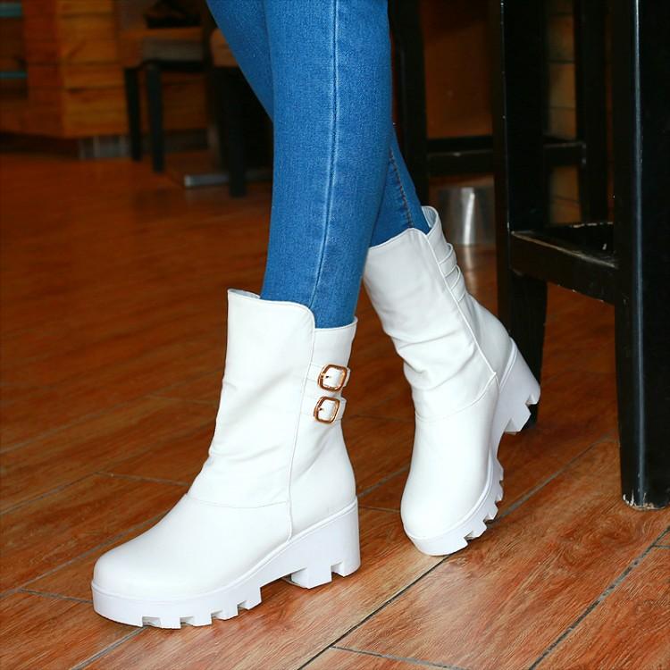 พร้อมส่ง - รองเท้าบูทสีขาว ไซส์ 35