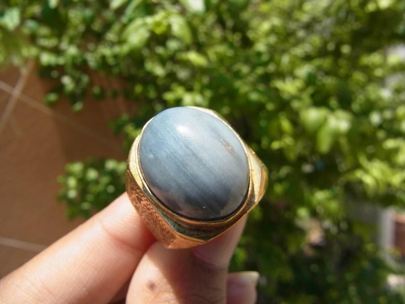 แหวนทองเหลือชายแก้วฟ้า เทา เบอร์ 60