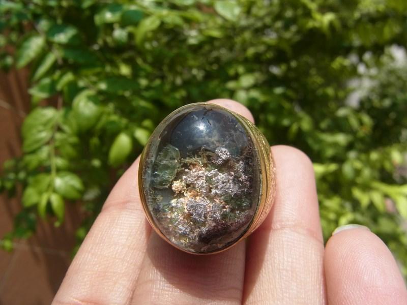 แหวนยูโร (ทองเหลืองผสมทองคำ )เบอร์ 61 แก้วปวก 3 สี ม่วง ทอง เขียว