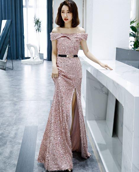 ชุดราตรียาว สีชมพู