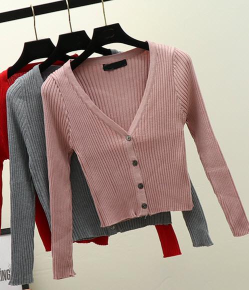 พรีออเดอร์ เสื้อแฟชั่น  เสื้อคลุมเกาหลีสวย ๆ ผ้าไหมพรม มีสี ดำ ขาว ครีม โอรส น้ำตาล ชมพูกะปิ