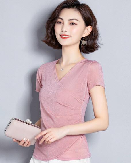 พรีออเดอร์ เสื้อแฟชั่นสวย ๆ สไตลเกาหลี ชุดทำงานสุดหรู คอวี แต่งด้านหน้าป้าย สี ชมพูอ่อน ดำ เขียวเข้ม แดง น้ำเงิน