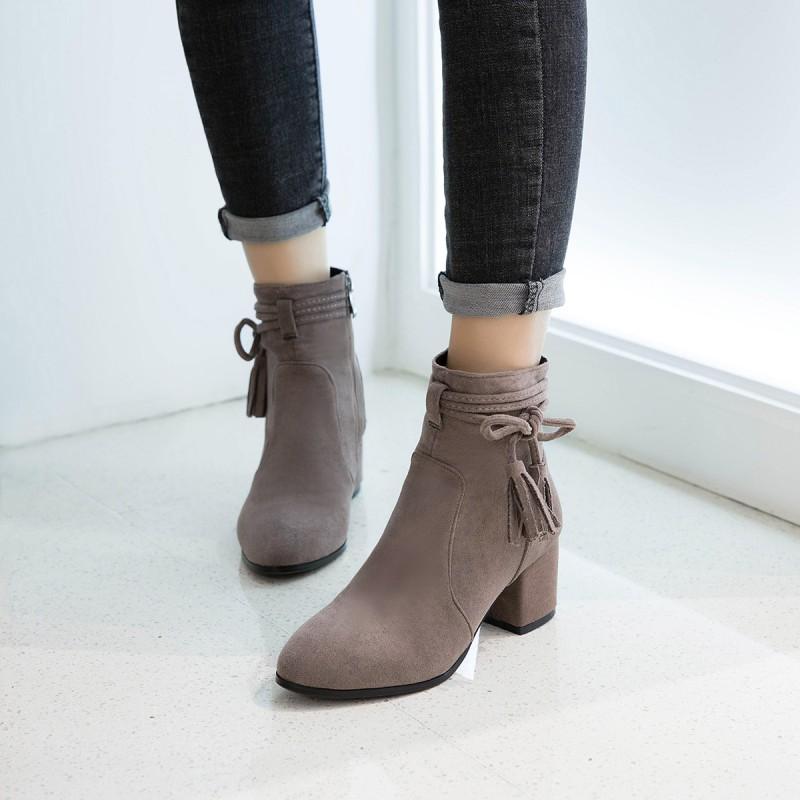 pre - รองเท้าบูท