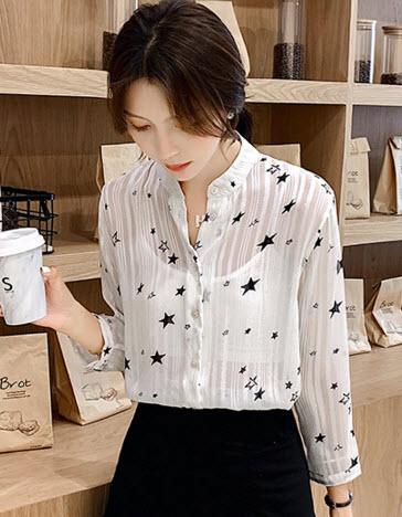 พรีออเดอร์ เสื้อเชิ้ต  แขนยาว คอจีน ผ้าชีฟอง ลายดาว สี ขาว