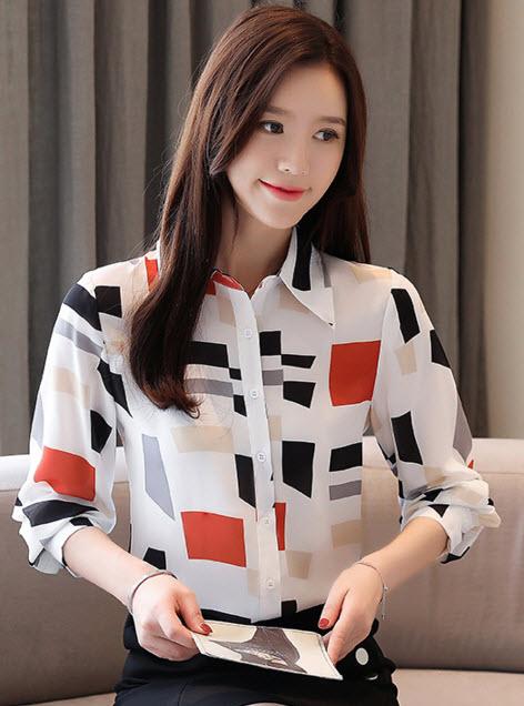 พรีออเดอร์ เสื้อเชิ้ต คอปก แขนยาว ลายกราฟฟิก ชุดทำงานสไตลเกาหลีสวย ๆ สีขาว