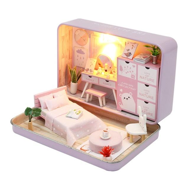 เปิดจอง>> DIYโมเดลห้องนอนสไตล์กล่องโรงละคร โมเดลจิ๋ว บ้านตุ๊กตา ชุดอุปกรณ์ครบเซ็ตในกล่อง