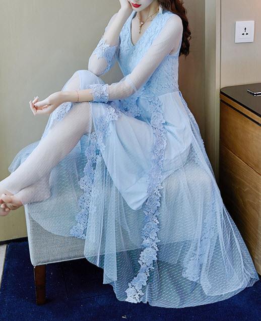 พรีออเดอร์ เดรสราตรี เดรสลูกไม้ออกงาน ใส่ไปงานแต่งได้ แขนยาว สี ฟ้า