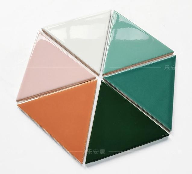 กระเบื้องสามเหลี่ยม