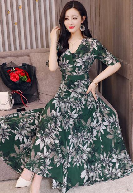 พรีออเดอร์  เสื้อผ้าแฟชั่น ลายดอก เดรสยาว แขนสั้น ใส่เที่ยวได้ สไตลเกาหลี สี แดง เขียว ลายดอกใหญ่