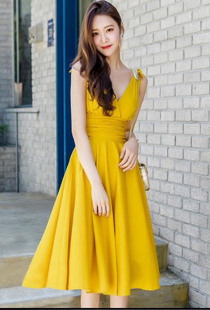 พรีออเดอร์ เดรส สวยๆ สไตลเกาหลี แขนกุด เดรสชีฟอง ใส่ออกงานหรือใส่เที่ยวได้ สี เหลืองสด และดำ