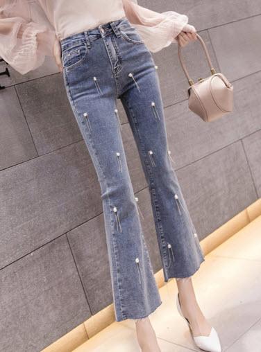 พรีออเดอร์ กางเกงขายาว ขาห้าส่วน ยีนส์ขายาว เสื้อผ้าแฟชั่นราคาถูก สไตลเกาหลี สี ยีนส์อ่อน แต่งมุก